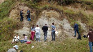 foto-leque-de-itatiaia-com-alunos